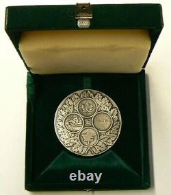 1987 Royal Canadian Mint Silver Medal Given to Employees Only #3026