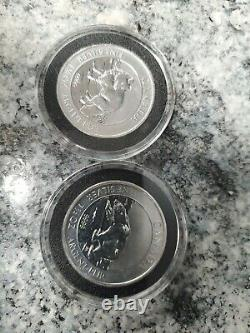 Lot of Silver fox and polar bear. Canadian 1.5 oz each coin. 3 oz total