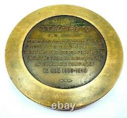 National War Finance Committee WW2 Presented FW Robinson Service Medallion Token