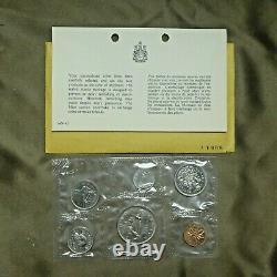 1962-1987 Canada Mint Sets Lot De 26 Ensembles De 25 Ans Ensembles Monnaie Royale Canadienne