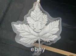 2017 $ 250 Maple Leaf Forever 1 Kilo. 9999 Pièce En Argent Fin Monnaie Royale Canadienne