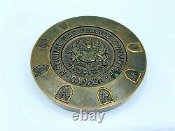 Comité National Des Finances De La Guerre Ww2 Présentation De La Médaille De Service Robinson Fw